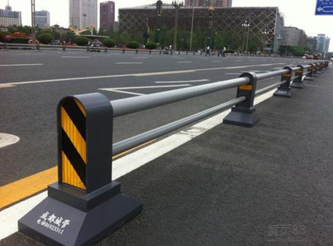 成都非机动车隔离栏杆