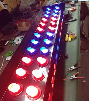 四川高速路养护车专用警示灯