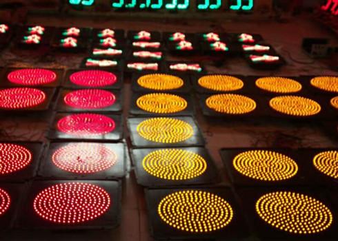 四川机动车信号灯